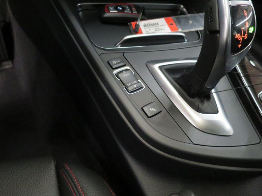 2017 BMW 3 Series 340i - 15768011 - 52