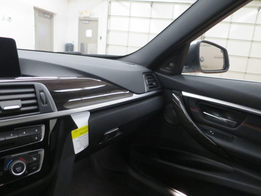 2017 BMW 3 Series 340i - 15768011 - 54
