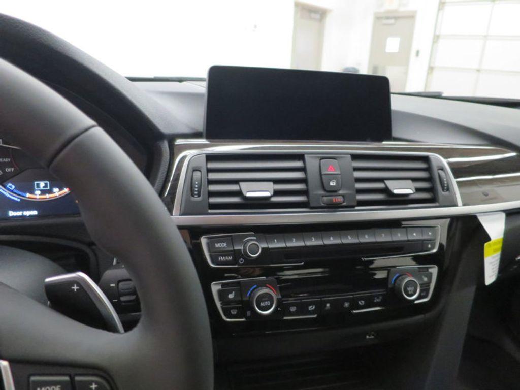 2017 BMW 3 Series 340i - 15768011 - 55