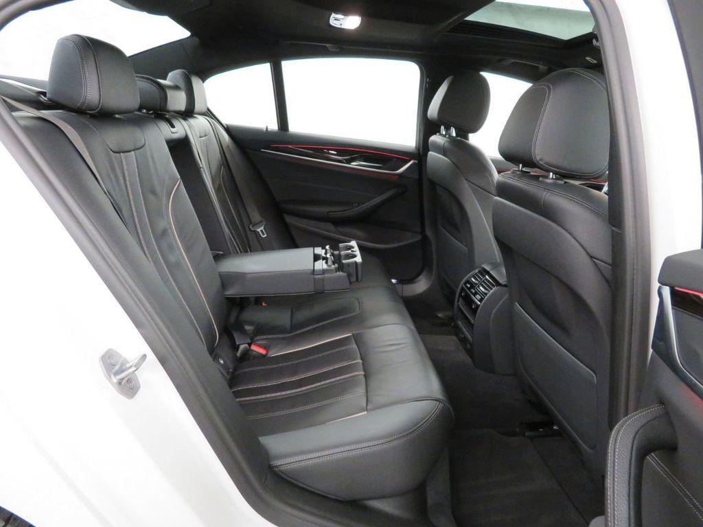 2017 BMW 5 Series 530i xDrive - 18406481 - 10