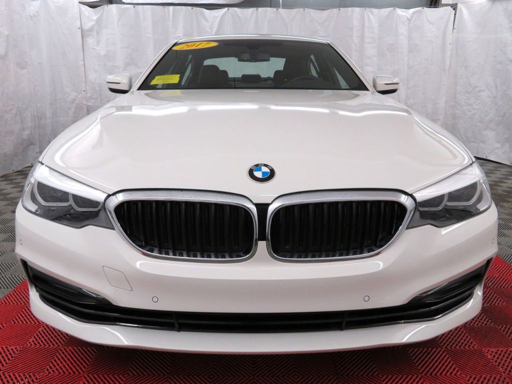 2017 BMW 5 Series 530i xDrive - 18406481 - 1