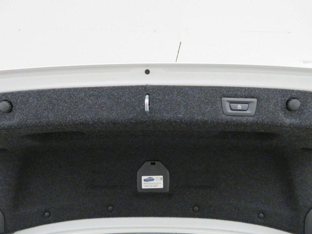 2017 BMW 5 Series 530i xDrive - 18406481 - 38