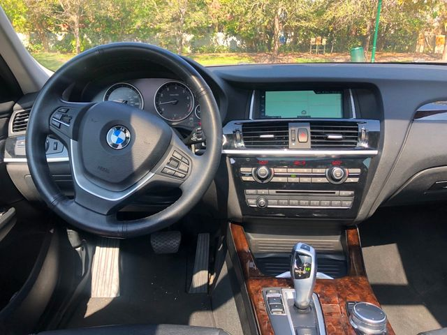 2017 BMW X3 sDrive28i - Click to see full-size photo viewer