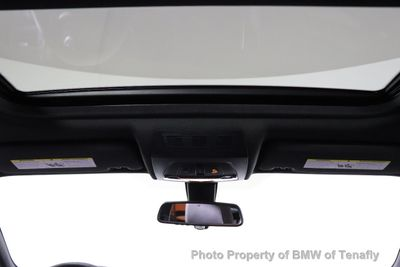 2017 BMW X4 M40i Sports Activity SAV - Click to see full-size photo viewer