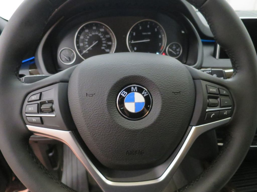 2017 BMW X5 xDrive35i Sports Activity Vehicle - 15687442 - 40