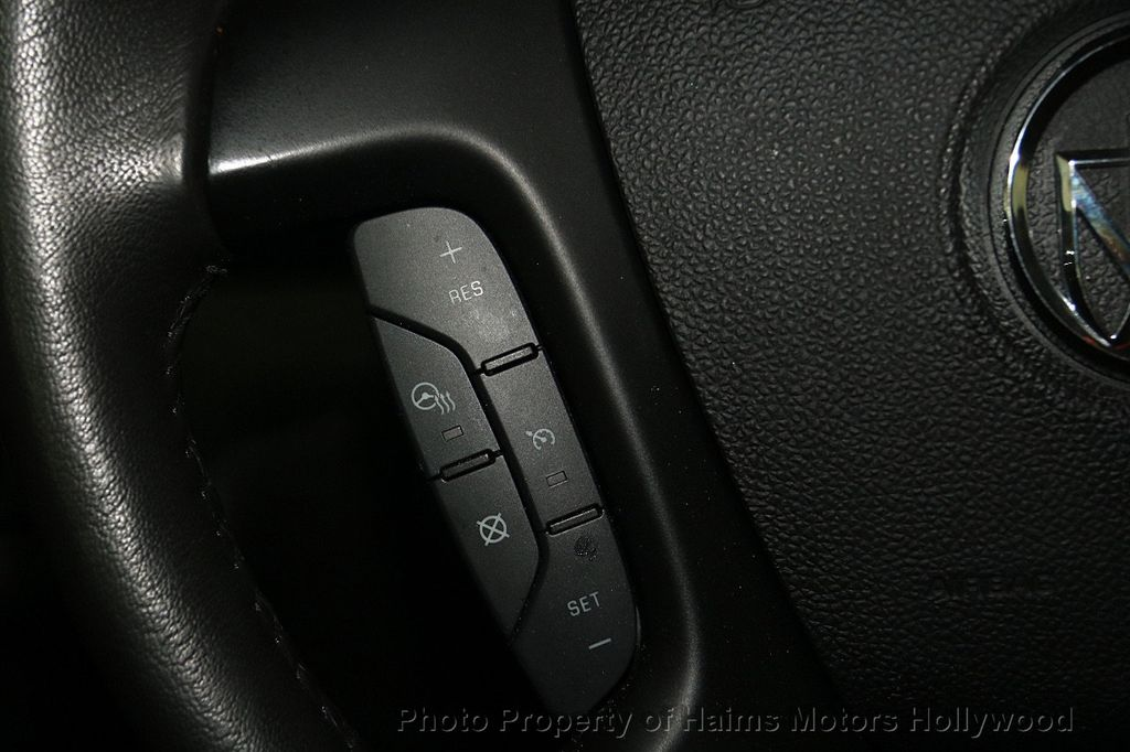2017 Buick Enclave AWD 4dr Leather - 17107548 - 25