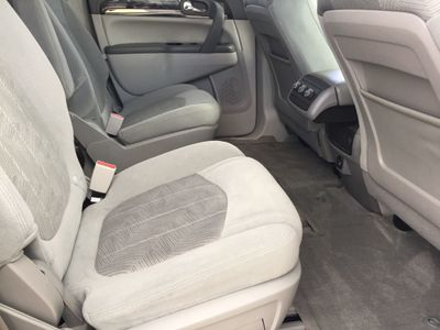 2017 Buick Enclave FWD 4dr Convenience SUV - Click to see full-size photo viewer