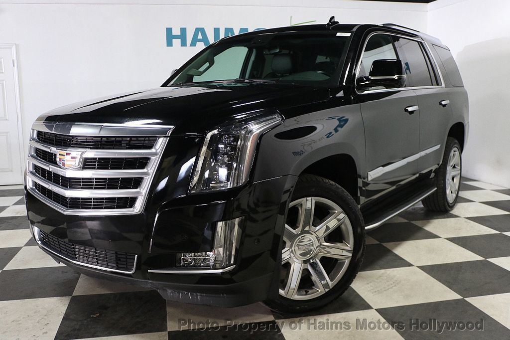 2017 Cadillac Escalade 4wd 4dr Luxury 17886158 1
