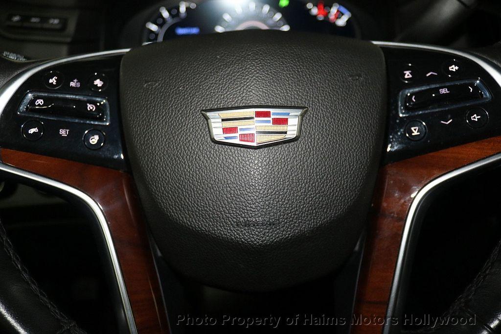 2017 Cadillac Escalade 4WD 4dr Luxury - 17886158 - 30