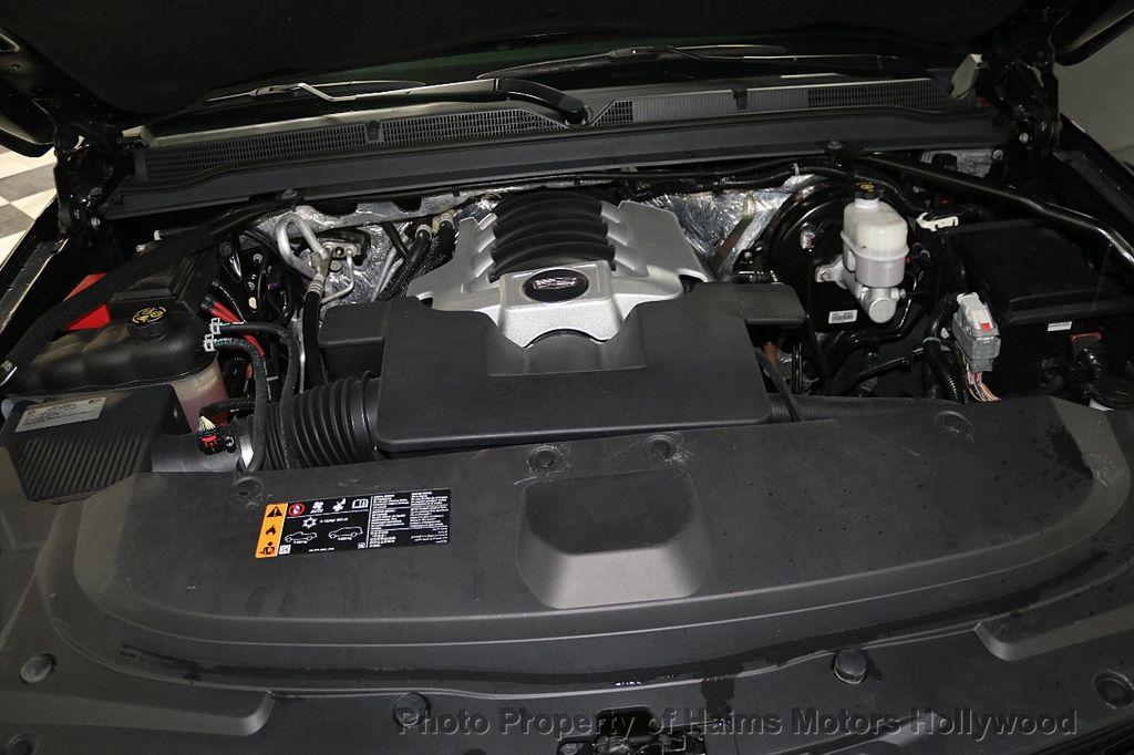 2017 Cadillac Escalade 4WD 4dr Luxury - 17886158 - 37
