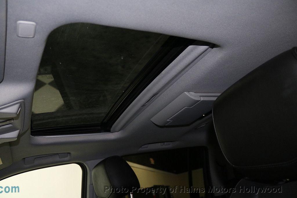 2017 Cadillac Escalade ESV 2WD 4dr Luxury - 17948713 - 23