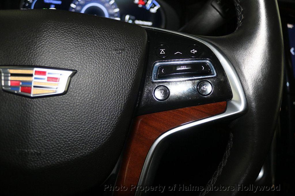 2017 Cadillac Escalade ESV 2WD 4dr Luxury - 17948713 - 31