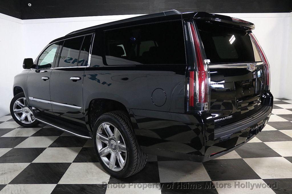 2017 Cadillac Escalade ESV 2WD 4dr Luxury - 17948713 - 4