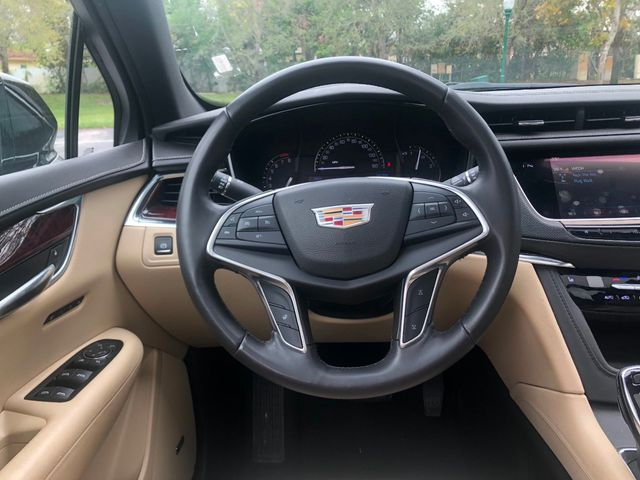 2017 Cadillac XT5 FWD 4dr Luxury - Click to see full-size photo viewer