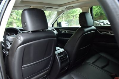 2017 Cadillac XT5 FWD 4dr Luxury SUV - Click to see full-size photo viewer
