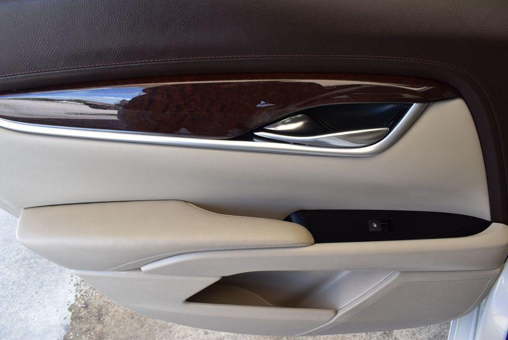 2017 Cadillac XTS 4dr Sedan Luxury FWD - 18056321 - 13
