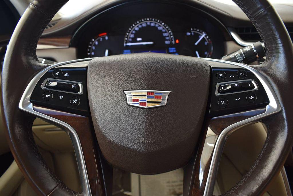 2017 Cadillac XTS 4dr Sedan Luxury FWD - 18056321 - 17