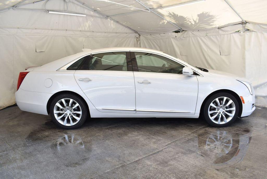 2017 Cadillac XTS 4dr Sedan Luxury FWD - 18056321 - 2