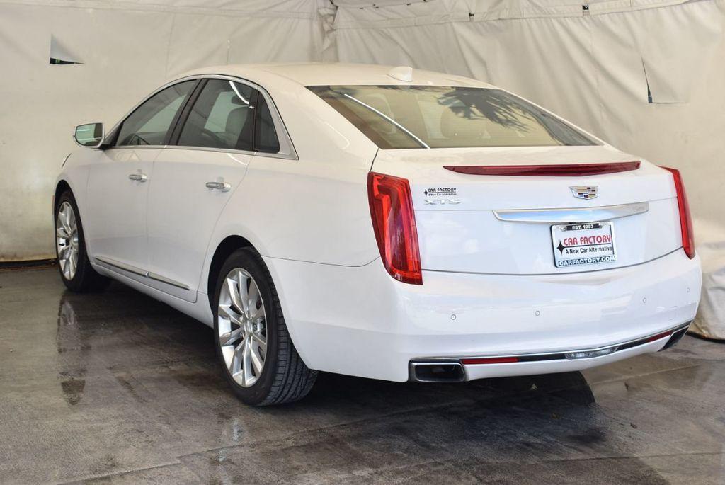 2017 Cadillac XTS 4dr Sedan Luxury FWD - 18056321 - 5
