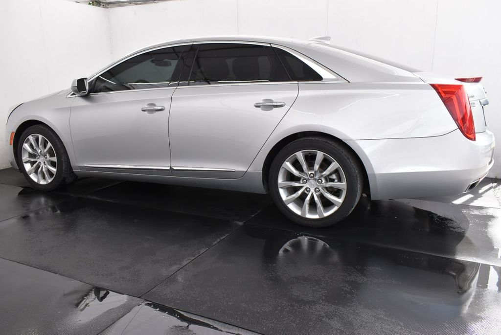 2017 Cadillac XTS 4dr Sedan Luxury FWD - 18122102 - 3