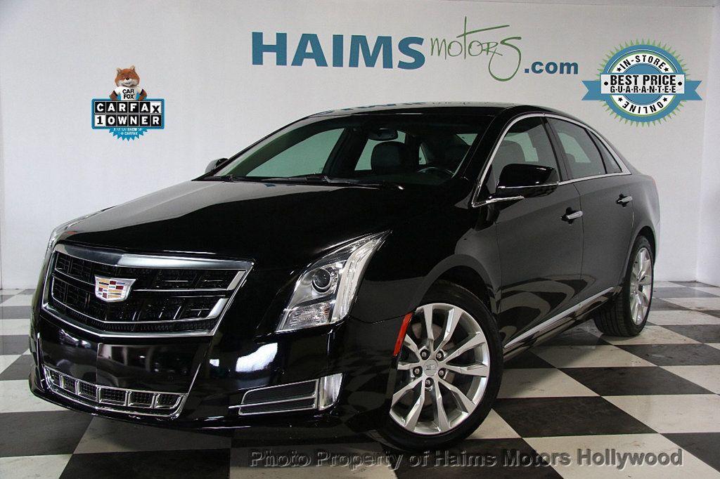 2017 Cadillac XTS 4dr Sedan Luxury FWD - 17241640 - 0