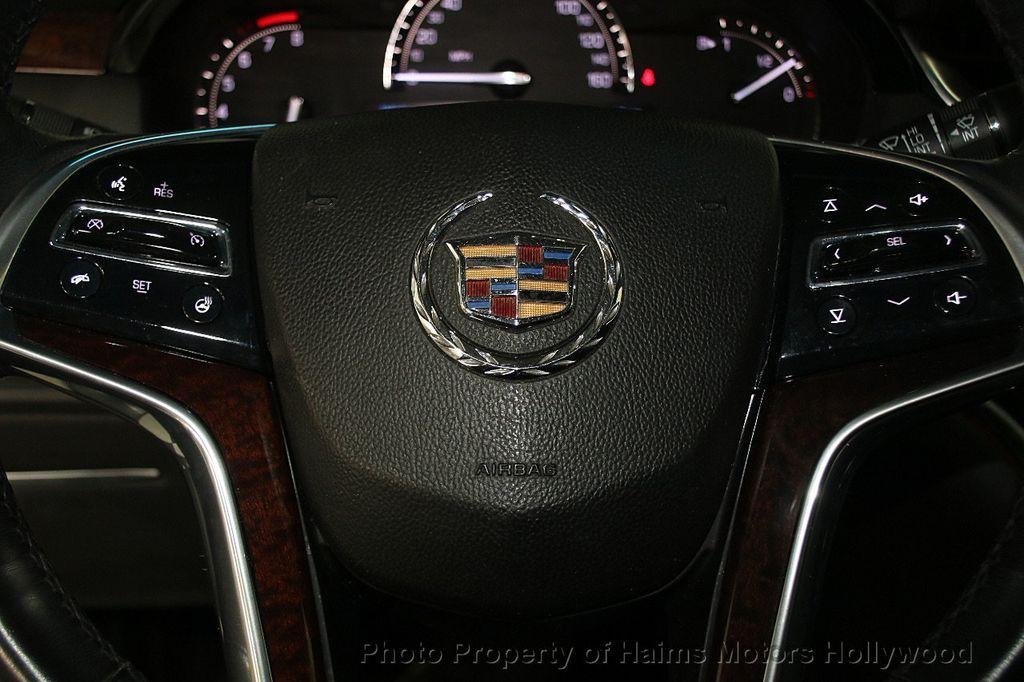 2017 Cadillac XTS 4dr Sedan Luxury FWD - 17241640 - 25