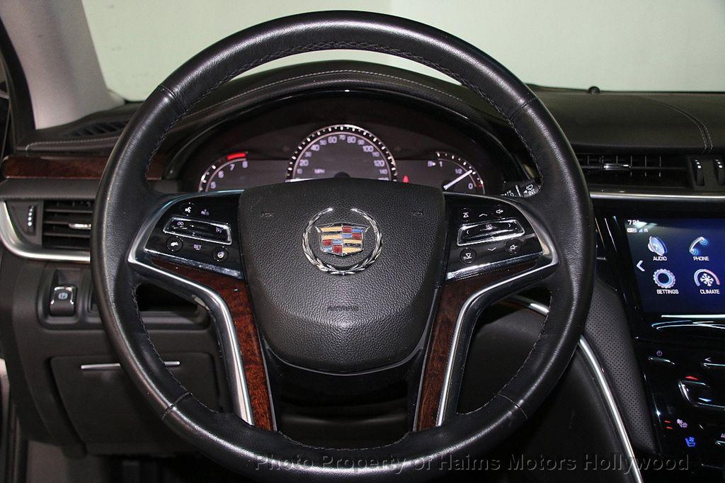 2017 Cadillac XTS 4dr Sedan Luxury FWD - 17241640 - 26