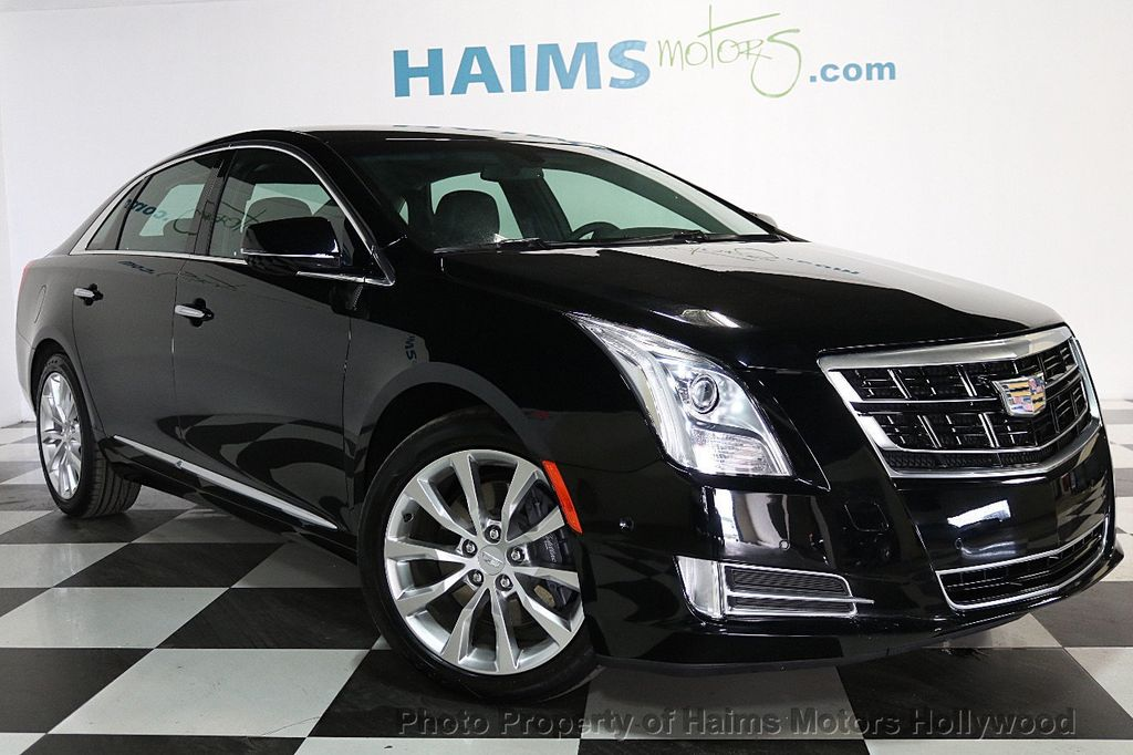 2017 Cadillac XTS 4dr Sedan Luxury FWD - 17522220 - 3