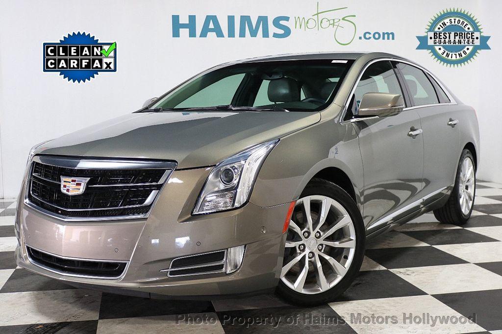 2017 Cadillac XTS 4dr Sedan Luxury FWD - 17793748 - 0