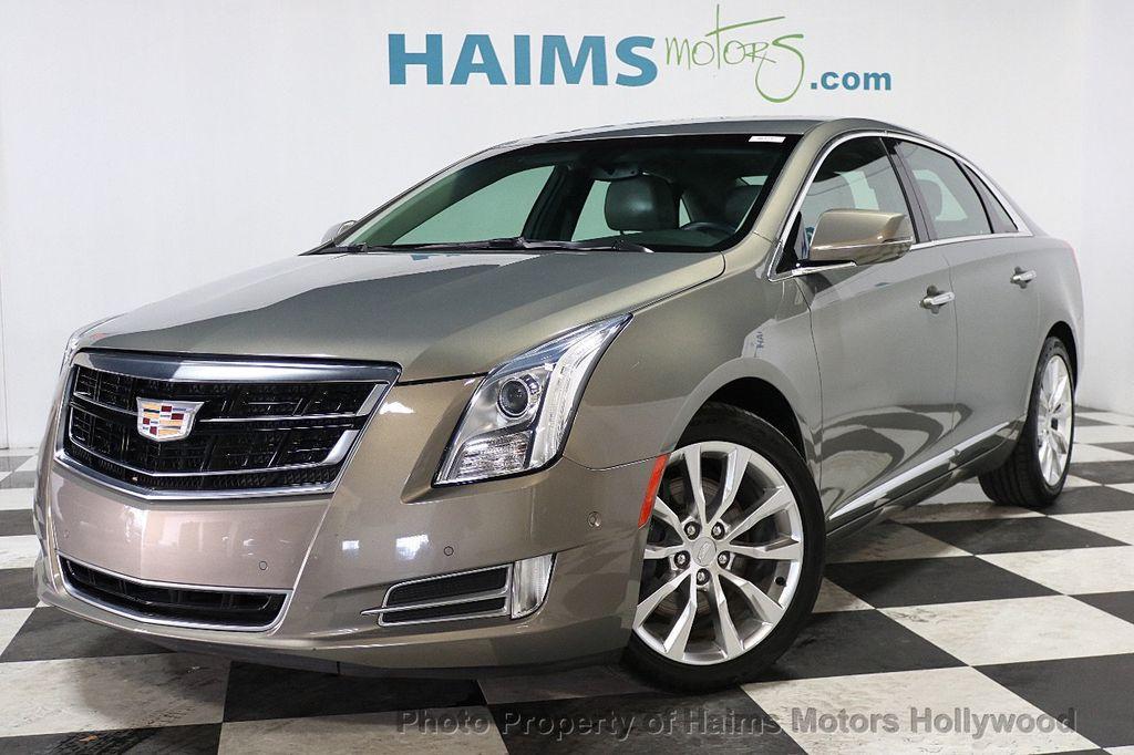 2017 Cadillac XTS 4dr Sedan Luxury FWD - 17793748 - 1