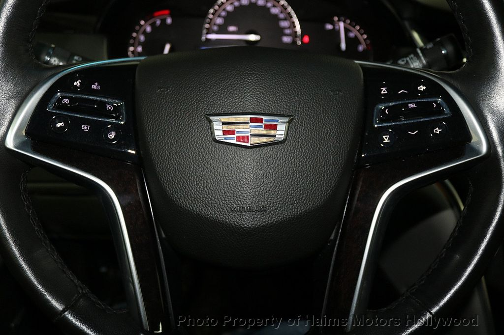 2017 Cadillac XTS 4dr Sedan Luxury FWD - 17793748 - 26