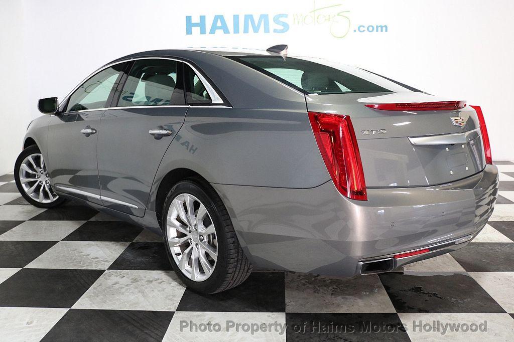 2017 Cadillac XTS 4dr Sedan Luxury FWD - 17793748 - 4