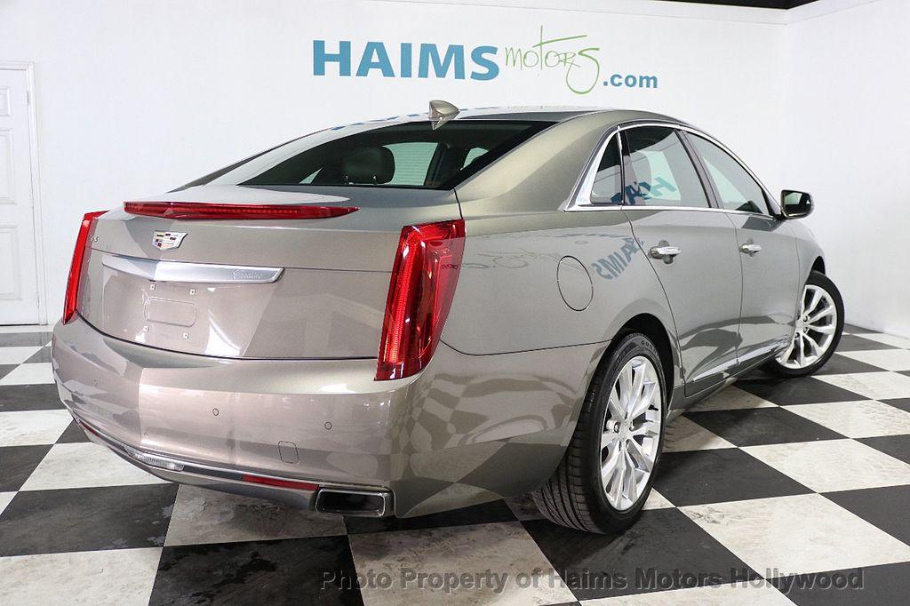2017 Cadillac XTS 4dr Sedan Luxury FWD - 17793748 - 6