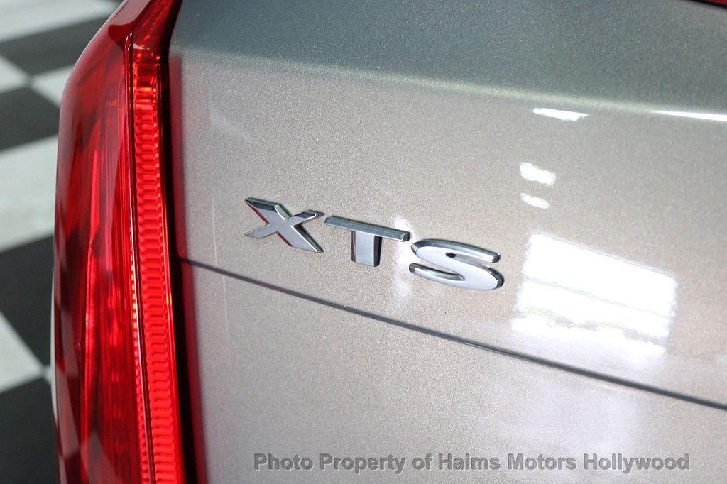 2017 Cadillac XTS 4dr Sedan Luxury FWD - 17793748 - 7