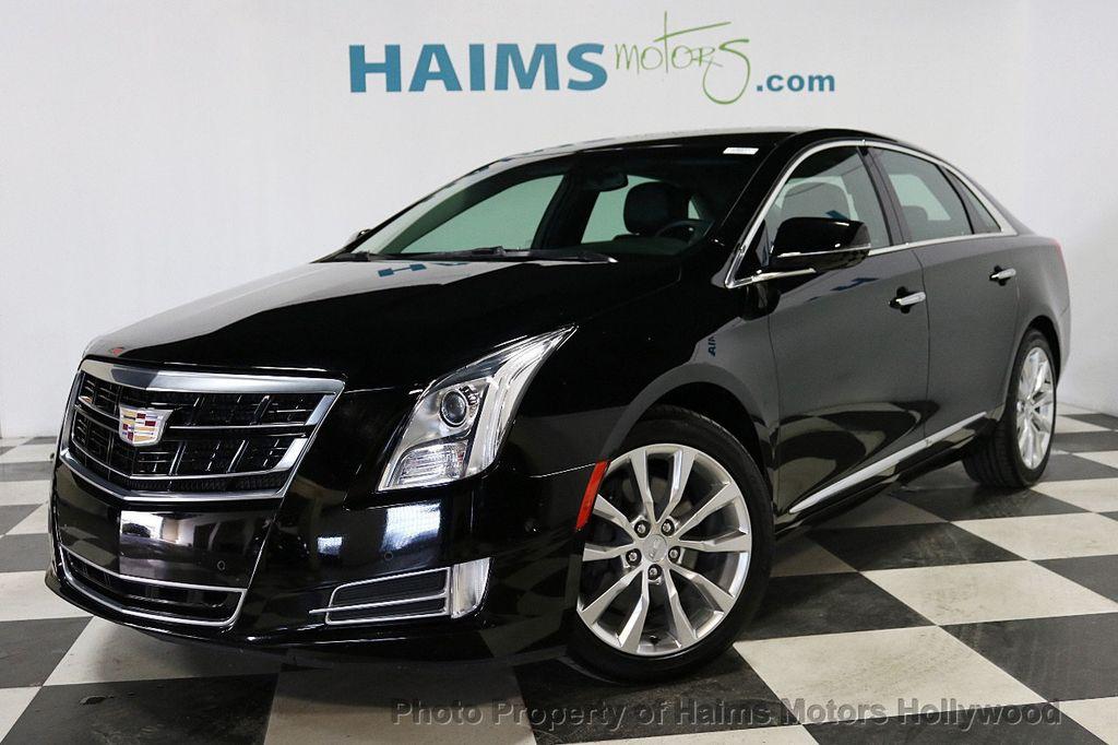 2017 Cadillac XTS 4dr Sedan Luxury FWD - 18090680 - 1