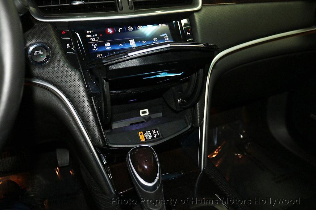 2017 Cadillac XTS 4dr Sedan Luxury FWD - 18090680 - 22