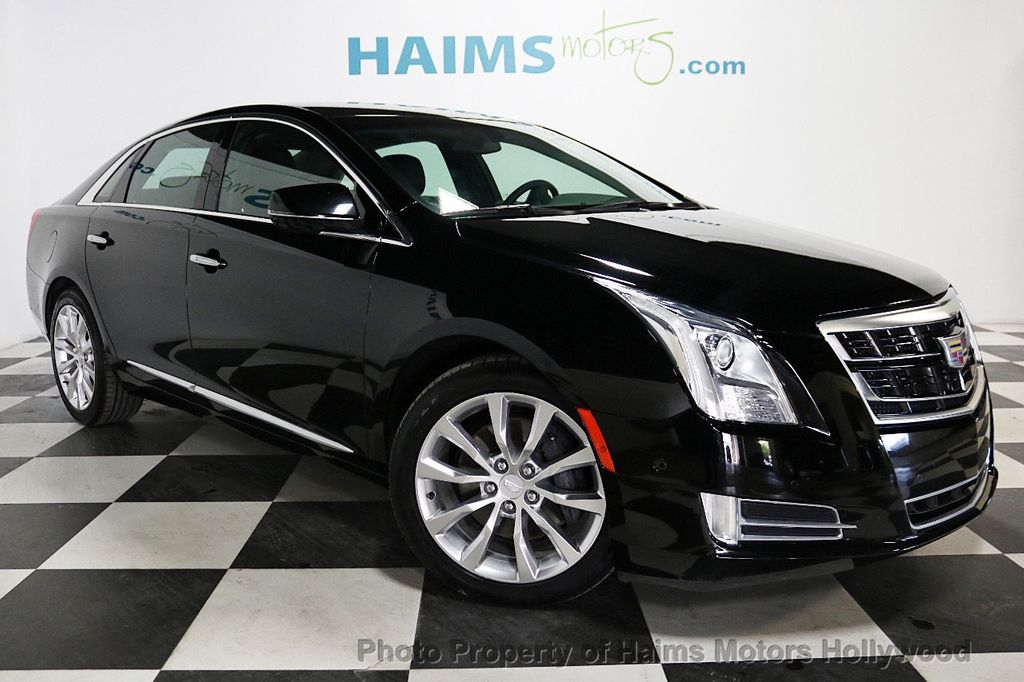 2017 Cadillac XTS 4dr Sedan Luxury FWD - 18090680 - 3