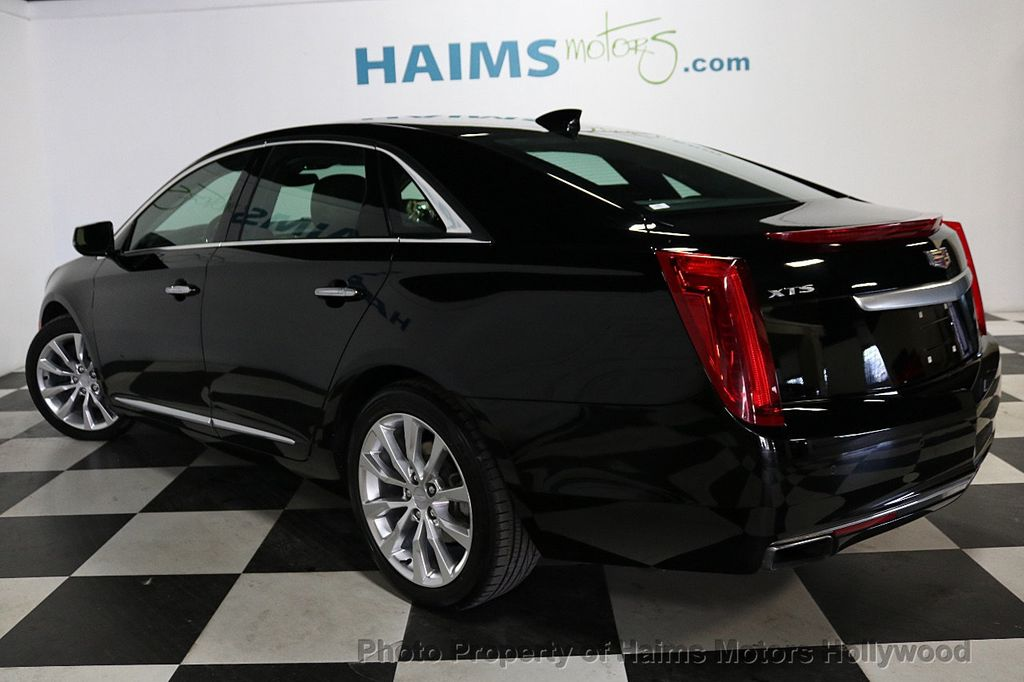 2017 Cadillac XTS 4dr Sedan Luxury FWD - 18090680 - 4