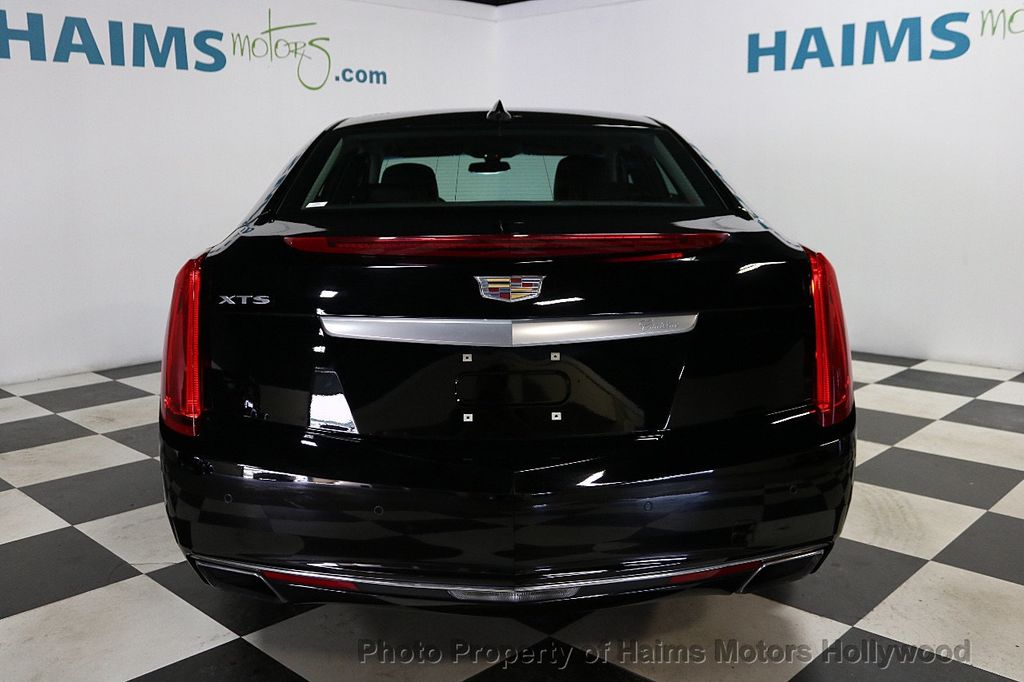 2017 Cadillac XTS 4dr Sedan Luxury FWD - 18090680 - 5