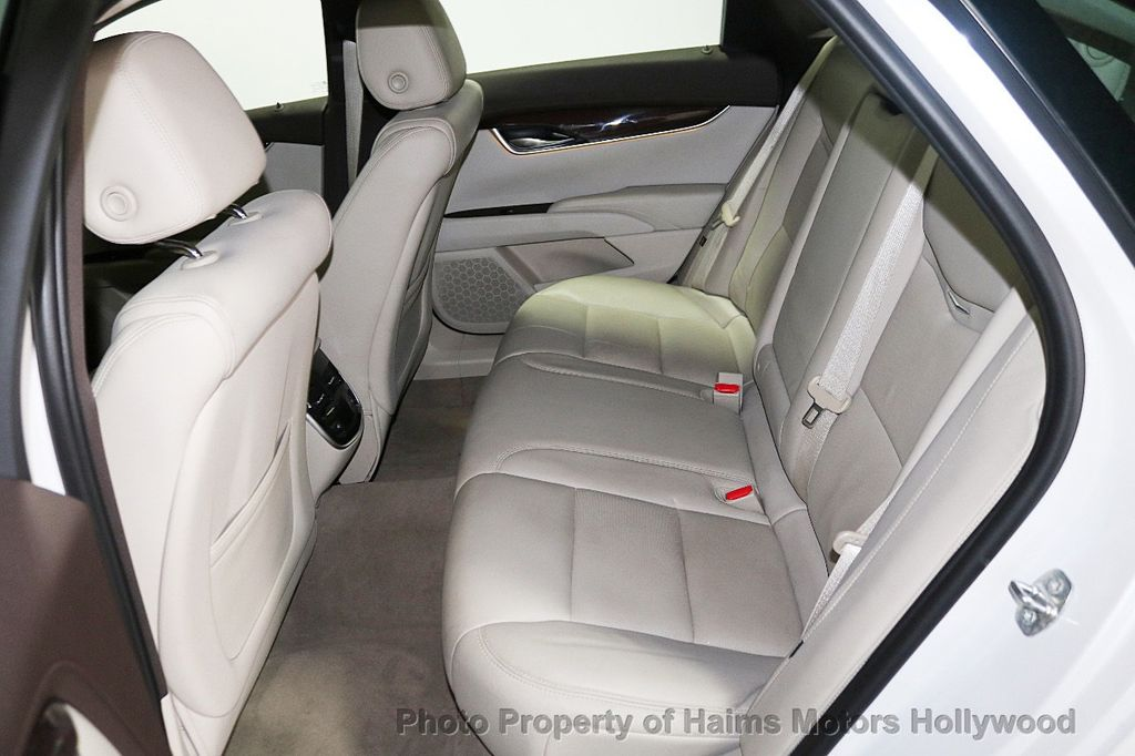 2017 Cadillac XTS 4dr Sedan Luxury FWD - 18167853 - 15