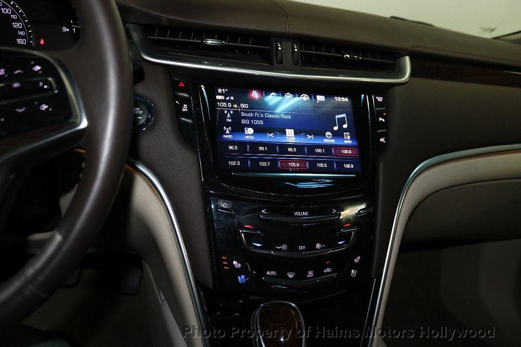 2017 Cadillac XTS 4dr Sedan Luxury FWD - 18167853 - 18