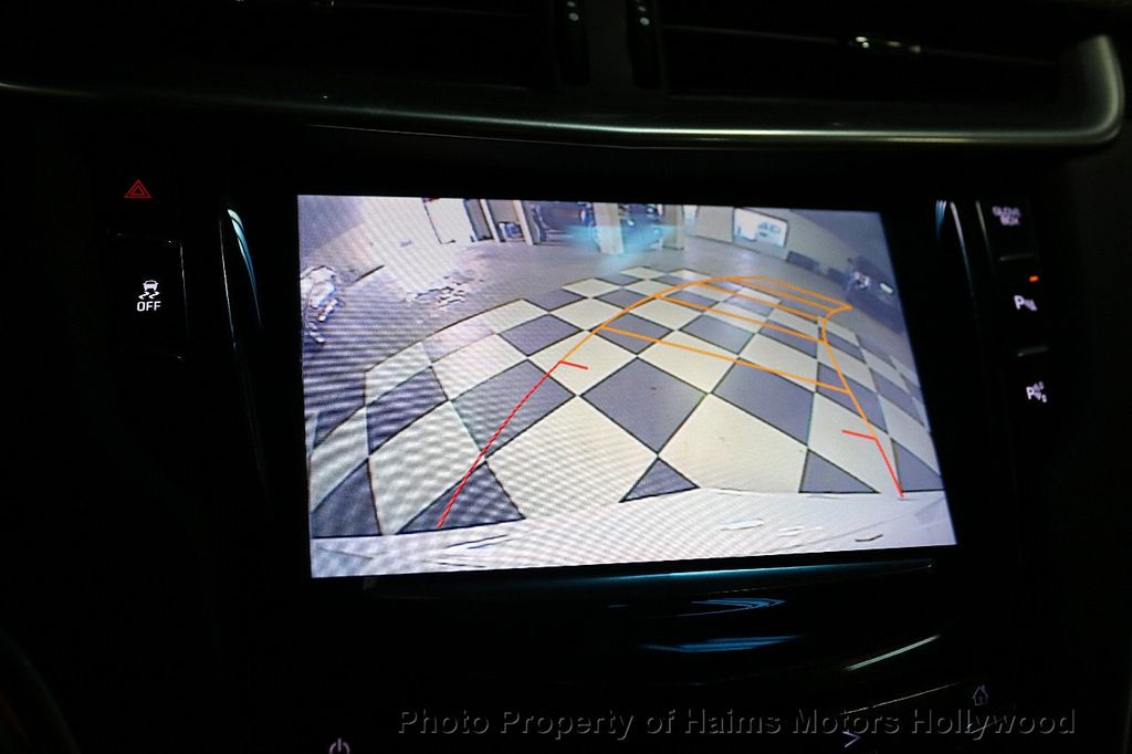 2017 Cadillac XTS 4dr Sedan Luxury FWD - 18167853 - 29