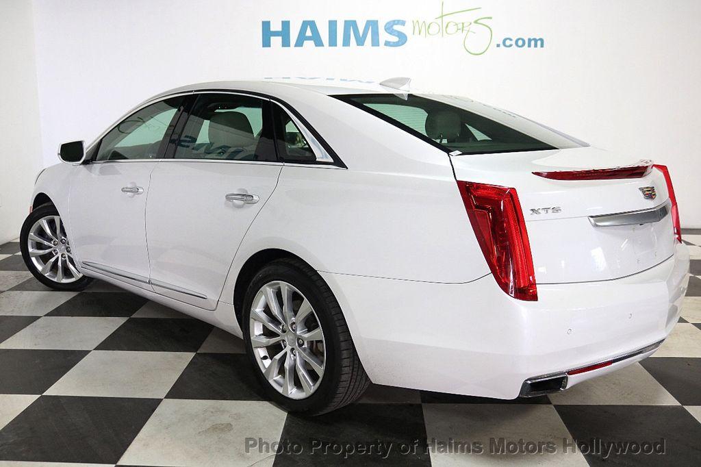 2017 Cadillac XTS 4dr Sedan Luxury FWD - 18167853 - 4