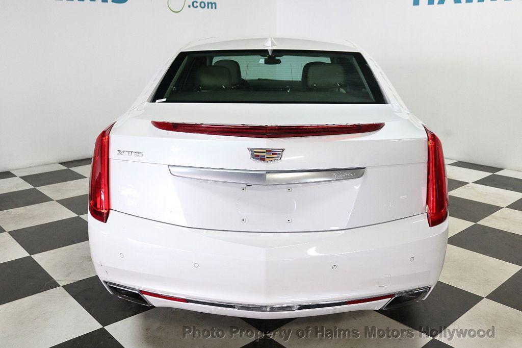 2017 Cadillac XTS 4dr Sedan Luxury FWD - 18167853 - 5