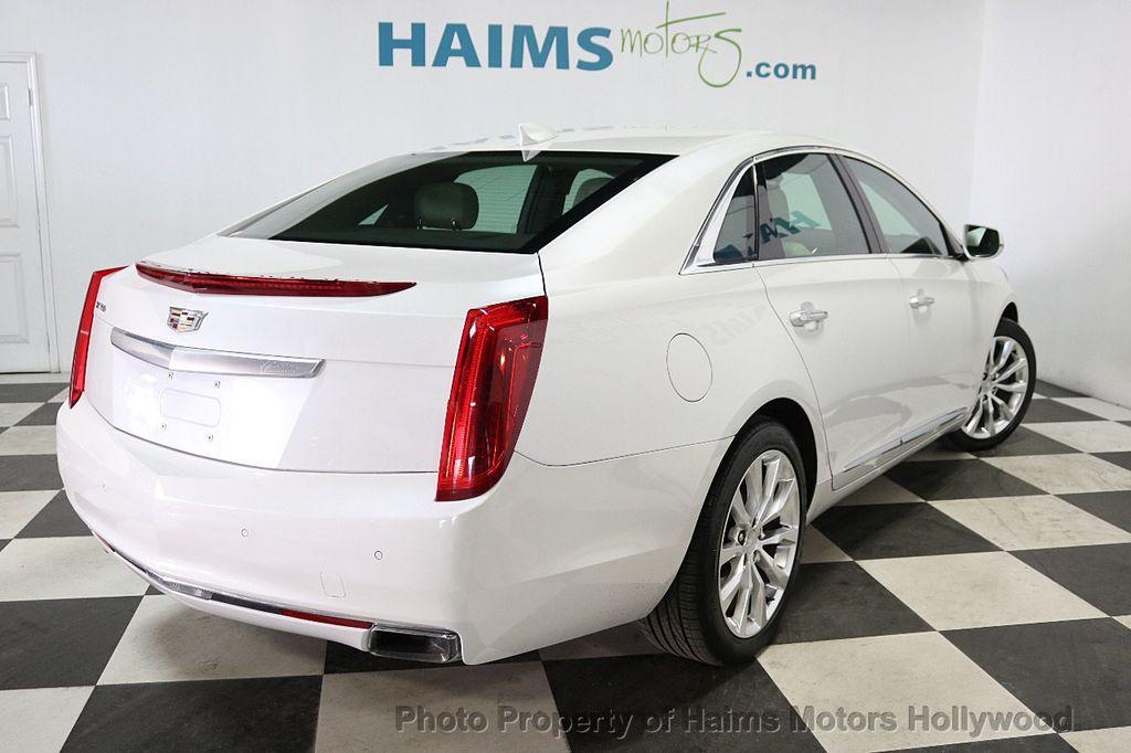 2017 Cadillac XTS 4dr Sedan Luxury FWD - 18167853 - 6