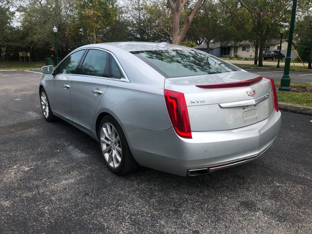 2017 Cadillac XTS 4dr Sedan Luxury FWD - Click to see full-size photo viewer