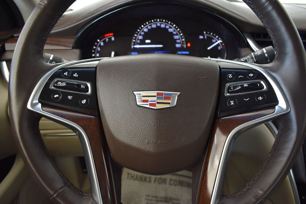 2017 Cadillac XTS 4dr Sedan Luxury FWD - 18110996 - 17
