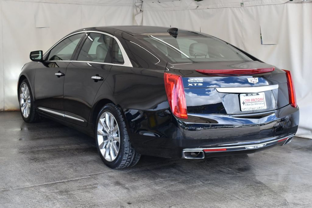 2017 Cadillac XTS 4dr Sedan Luxury FWD - 18110996 - 5