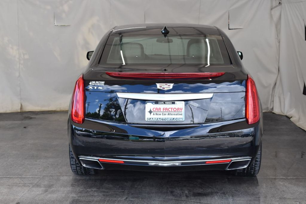 2017 Cadillac XTS 4dr Sedan Luxury FWD - 18110996 - 7