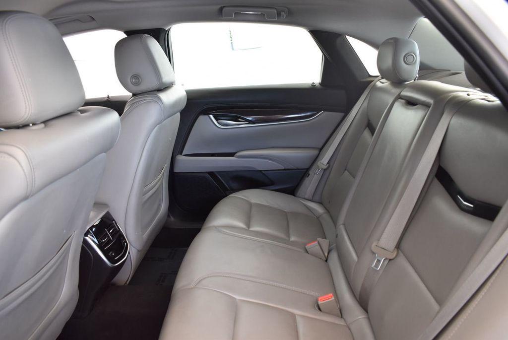 2017 Cadillac XTS 4dr Sedan Luxury FWD - 18122101 - 11